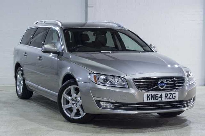 Volvo V70 2.4 SE LUX D5 5 Dr Automatic